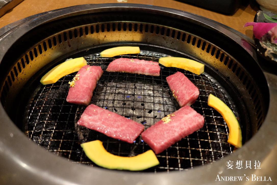 金澤美食 火爐中的燒肉